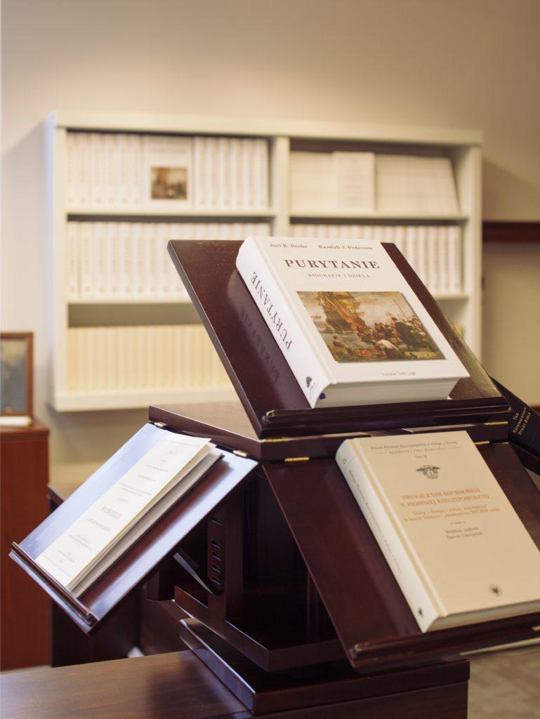 Tolle Lege Institute's bookstore